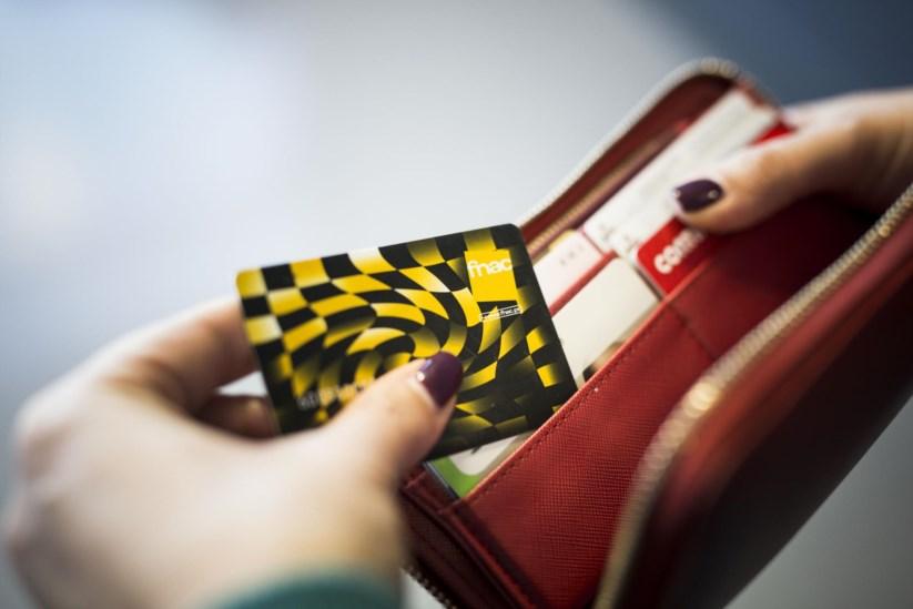 cetelem usa clientes da fnac para forçar venda de crédito | banca