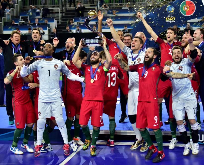 Portugal de Ricardinho iguala sucesso de Portugal de Ronaldo ... aee23fd0a6359