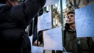 Em Fevereiro, os alunos do Liceu Camões, em Lisboa, manifestaram-se contra as más condições do edifício e o atraso no início das obras
