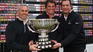 Hugo Pinto, Nelson Ribeiro e Joao Coutinho com o troféu do Internacional de Portugal © FILIPE GUERRA