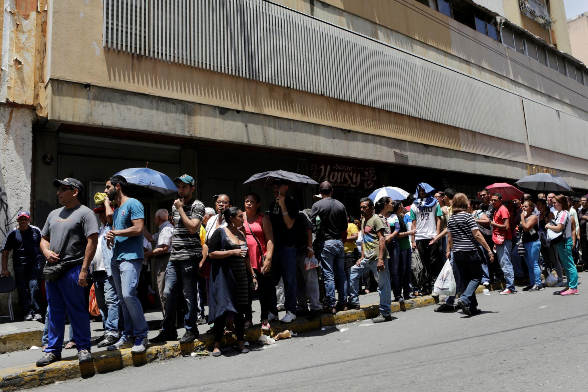 Fome está a fazer os venezuelanos perder peso de forma preocupante