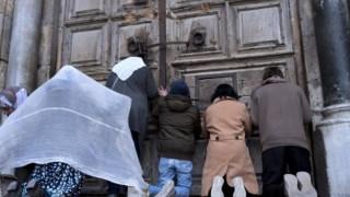 O Santo Sepulcro encerrou portas este domingo
