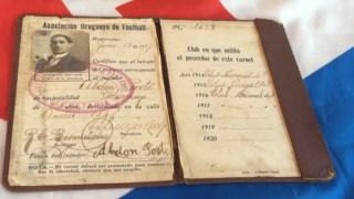 O documento que identifica Abdón Porte como futebolista