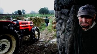 Os trabalhos agrícolas em Vilarinho Seco ainda são feitos muito à custa da entreajuda