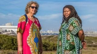 As activistas ambientais Makoma Lekalakala e Liz McDaid que impediram um acordo nuclear entre a África do Sul e a Rússia