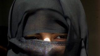 As mulheres sauditas vivem sob um conjunto de regras apertadas