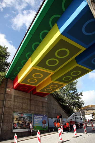 829affd94a Arquitectura  na Alemanha há uma ponte inspirada na LEGO ...