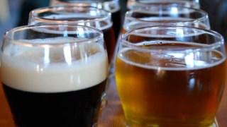 É cada vez mais frequente o policonsumo, em que o álcool está presente associado a outra dependência afagen/ Flickr