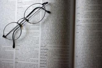 """Televisão. FoxLife e Priberam propõem revisão da palavra """"mulher"""" no  dicionário ca29de0b012dd"""