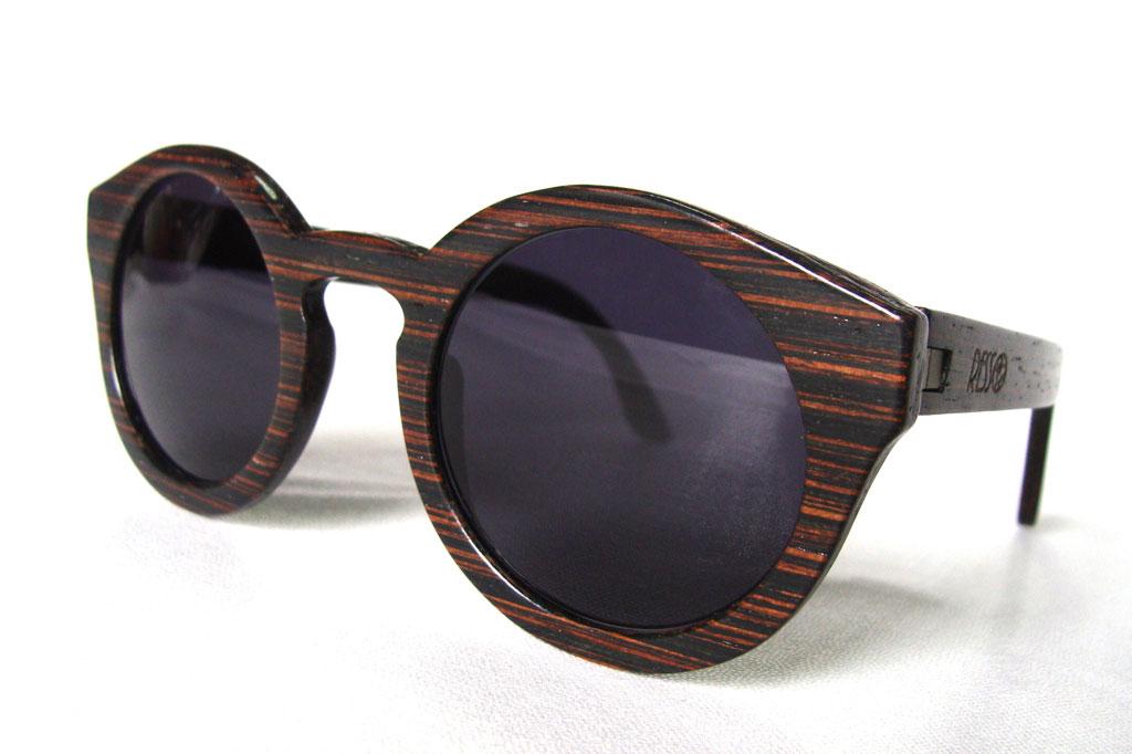 7274029d00924 Estes óculos de madeira são fabricados em Barcelos   Artesanato   PÚBLICO