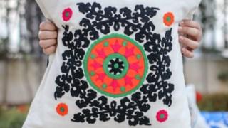 Esraa Fathy é designer de moda e vive no Cairo, no Egipto Ana Sampaio Barros