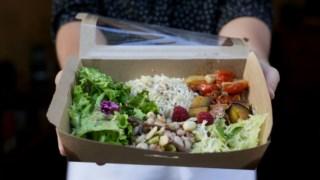 Quando estamos num restaurante/buffet vegetariano, a única certeza que existe é que não existem alimentos de origem animal