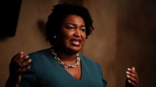Abrams venceu de forma expressiva uma corrida a dois no Partido Democrata