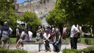 Monumento, Turismo