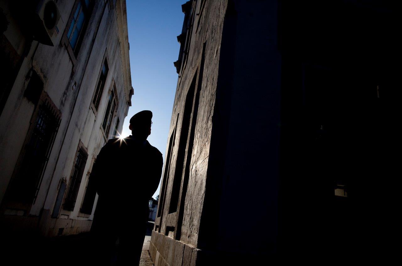 Serviços Prisionais dizem que os castigos são decididos por lei