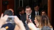Rajoy sai derrotado pela democracia e pela soberba
