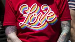 Em 2015, o Supremo legalizou os casamentos entre pessoas do mesmo sexo nos EUA