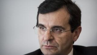 Deputados do PSD apontam o dedo ao ministro da Saúde