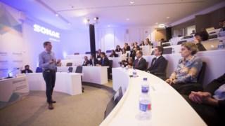 Paulo Azevedo, presidente da Sonae, dá maos um passo na diversificação dos negócios.
