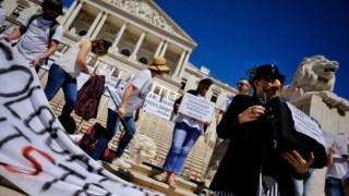 Professores estão em guerra com Governo