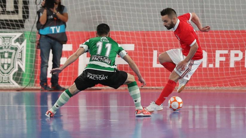 Benfica bate Sporting e iguala final  6e3ebe841056b