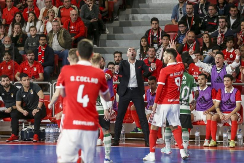 0ba07b0de2 Recta final esmagadora deixa Benfica a um triunfo do título