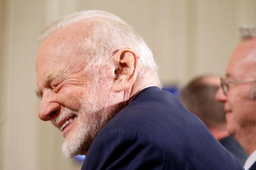 Buzz Aldrin irá fazer testes cognitivos esta terça e quarta-feira