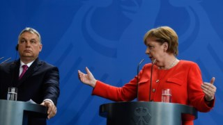 Viktor Orbán, Angela Merkel