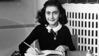 Após as tentativas falhadas de sair do país, a família de Anne Frank ficou escondida durante meses