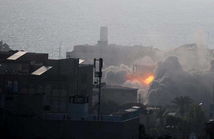 Israel aceita cessar fogo aps pesado ataque contra o hamas mdio lusahaitham imad gaza conflito entre gaza e israel israel estado da palestina 2018 protestos stopboris Images