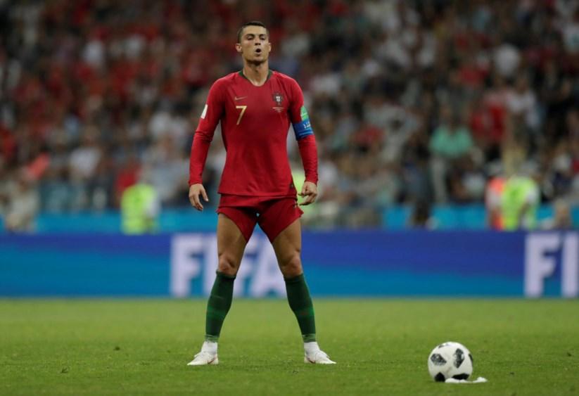 Golos de Quaresma e Cristiano Ronaldo nomeados para melhor golo do ... 39d4e61f670f2