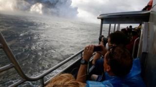 Turistas testumunham erupção do Kilauea