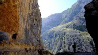 Trilha cares, picos europa, barranco, parque nacional, afloramento, desfiladeiro, geologia
