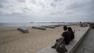 Praia, quebra-mar, cais