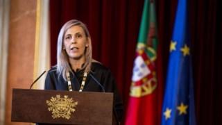 Funcionária não trataria de forma adequada superiores incluindo ex-bastonária Elina Fraga.