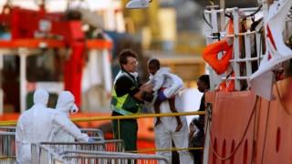 O navio atracou em Malta em Junho depois do resgate de duas centenas de refugiados ao largo da Líbia
