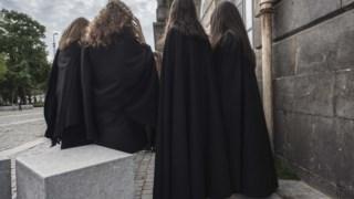 As mulheres continuam a estar em maioria no ensino superior mas o seu peso está a diminuir