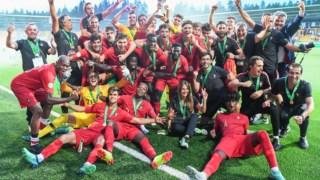 A festa portuguesa após o triunfo na final frente à Itália