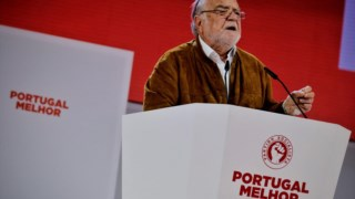 Manuel Alegre junta a sua voz à do PCP em defesa do SMO