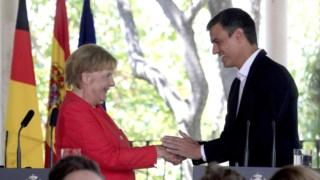 """""""Estou muito contente por partilhar com Espanha o mesmo ponto de vista sobre uma política migratória comum"""", sublinhou Merkel"""