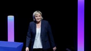 O convite a Le Pen está a gerar críticas