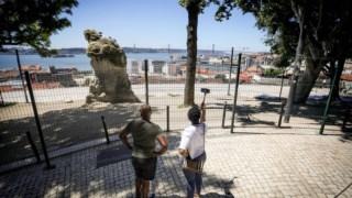 O Miradouro de Santa Catarina está vedado desde o fim de Julho
