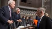 Com a morte de McCain, quem no Congresso vai vigiar e contrariar Donald Trump?