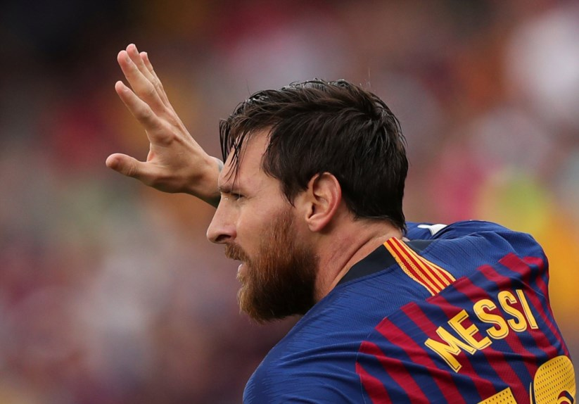 b8e644a10f Messi diz que Ronaldo torna a Juventus clara favorita a vencer a ...