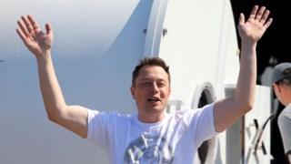 Elon Musk tem-se mostrado um executivo pouco convencional