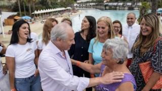Rui Rio, líder do PSD, esteve na Praia das Rocas, num encontro de mulheres sociais-democratas
