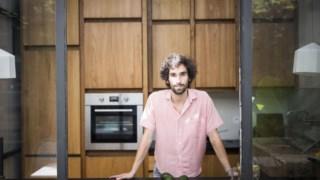 Hugo Dunkel, na cozinha de portas e janelas abertas do Local Food Lab