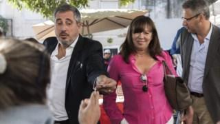 José Eduardo Martins e Teresa Leal Coelho numa acção de campanha, no ano passado.