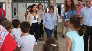 Catarina Martins visitou a Escola Básica Sarah Afonso, em Lisboa