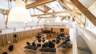 A nova sala de ensaios e estúdio de gravação da Orquestra Jazz de Matosinhos